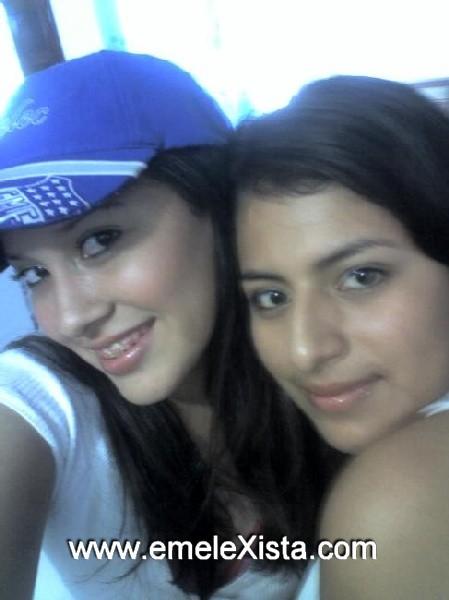 ariana y karina