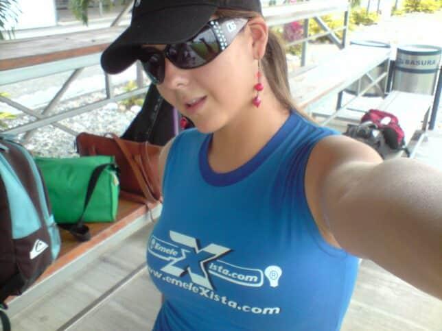 camiseta blusa emelexista chica sexy