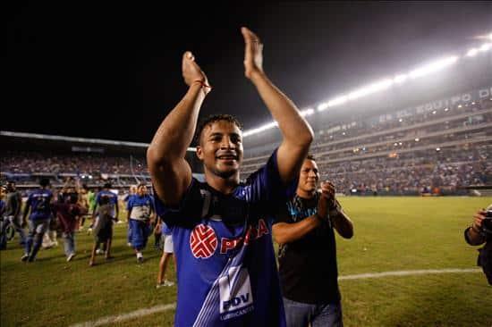 Pedro Quinonez baja ante los militares por el campeonato