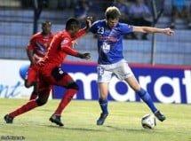 Emelec 2 - El Nacional 0 (5 de noviembre 2010) Se corto la mala racha.