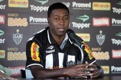 Edison Mendez llego a Guayaquil y admitió firmar por Emelec
