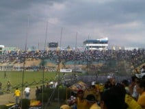 Copa Idolos del Ecuador : EMELEC vs. Barcelona en Portoviejo