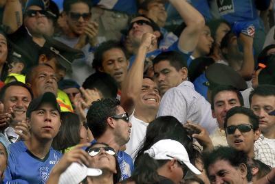 La pasión azul y plomo de Rafael Correa