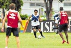 Emelec entrenó en el Capwell contra River Plate Ecuador