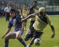 Emelec juega hoy su diferido frente al Olmedo.