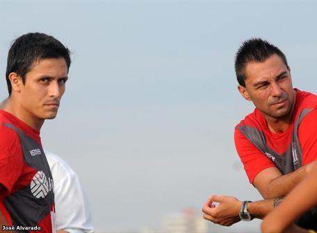 emelec inició pretemporada futbolìstica 2012 en manta