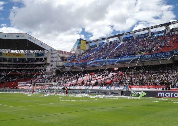liga de quito 2 vs 0 emelec (4 de marzo 2012)