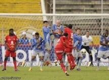 El Nacional 2 vs 1 Emelec  (22 de Abril del 2012)