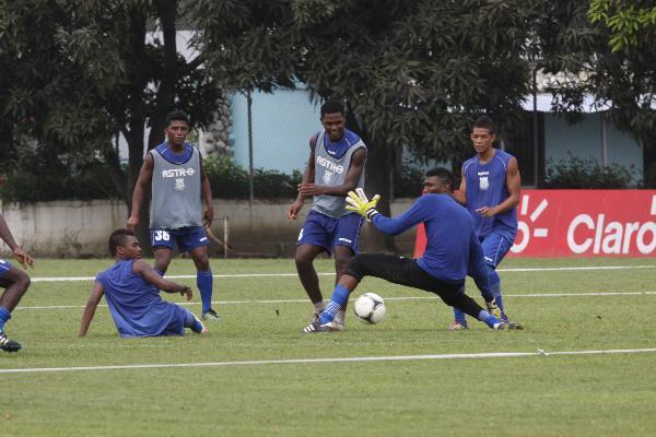 Omar Ponce no será el árbitro del partido Emelec  vs. Deportivo Cuenca