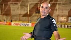 DT Juan Manuel Llop no conoce la victoria ante el Bombillo