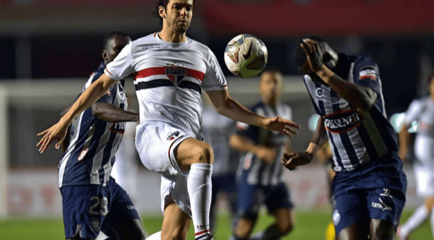Copa Sudamericana : EMELEC vs. Sao Paulo (5 Noviembre 2014) 1