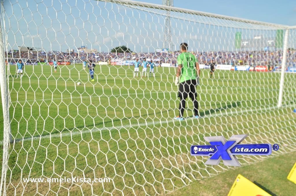 fotos del partido emelec 1x1 u. católica por xavier romero
