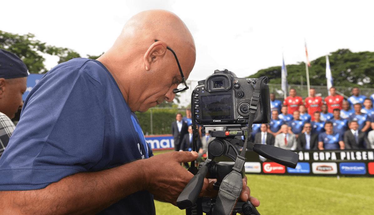 preparador físico y fotógrafo de emelec : rodrigo figueroa