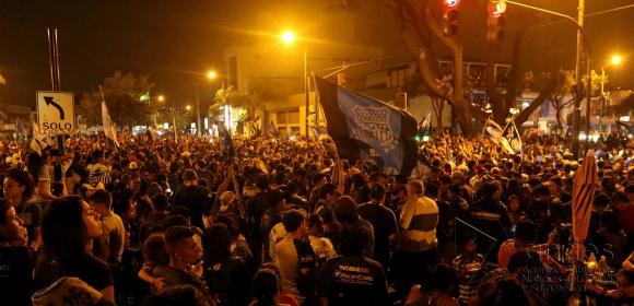 miles celebraron el tricampeonato en principales calles