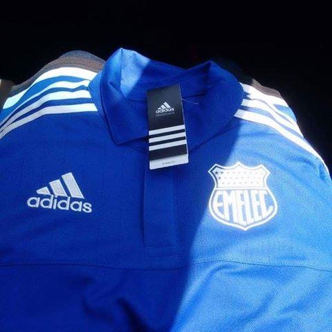 emelec de viaje a argentina con su nueva indumentaria adidas
