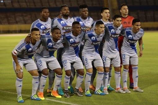 copa sudamericana : emelec se encuentra en perú