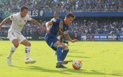 EMELEC logró su primera victoria del 2017 ante Liga de Quito