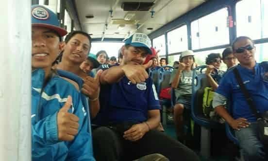"""Llegaron los 41 azules que estuvieron """"atrapados"""" en Lima"""