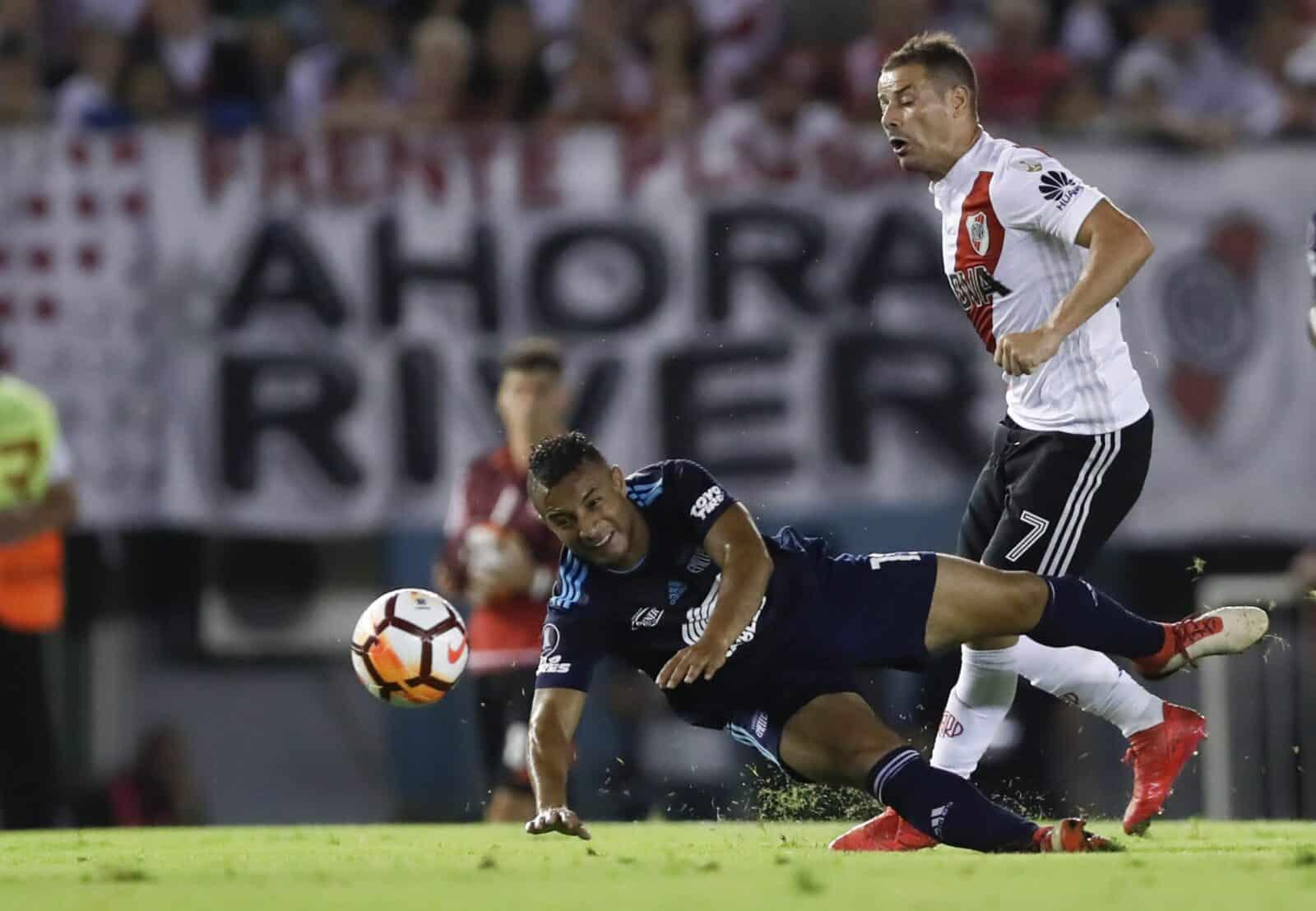 river plate derrotó 2 vs 1 emelec por copa libertadores