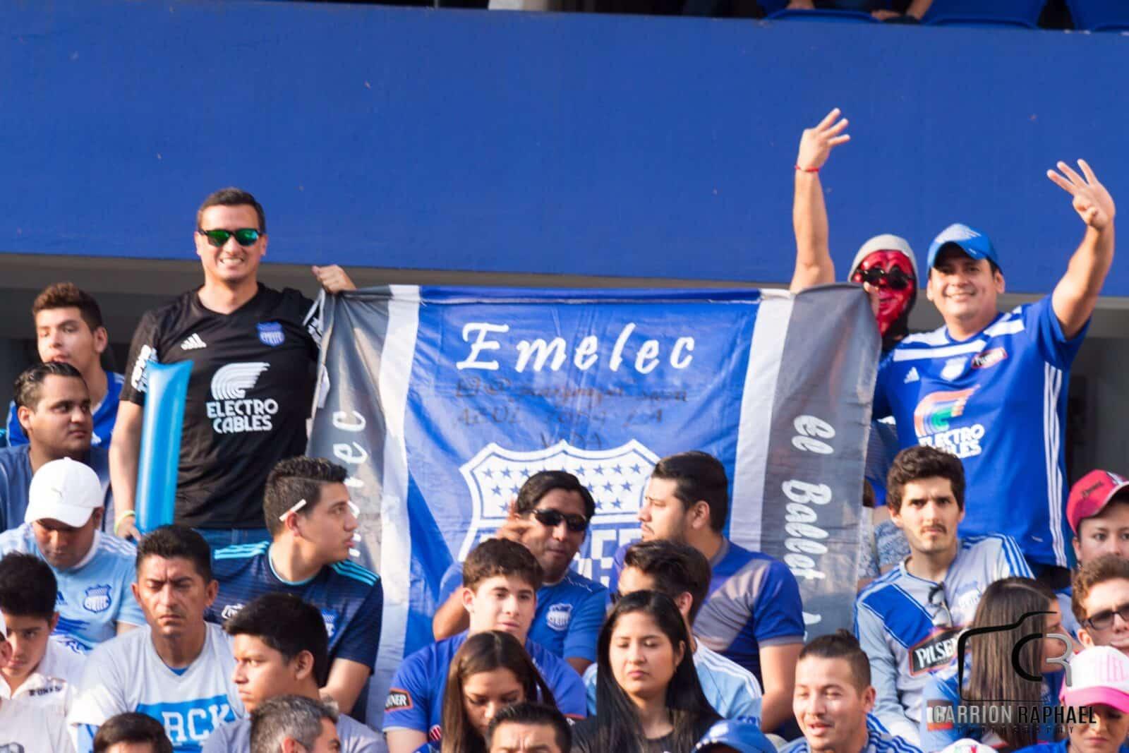 EMELEC derrotó 2x0 a Barcelona y es el nuevo puntero