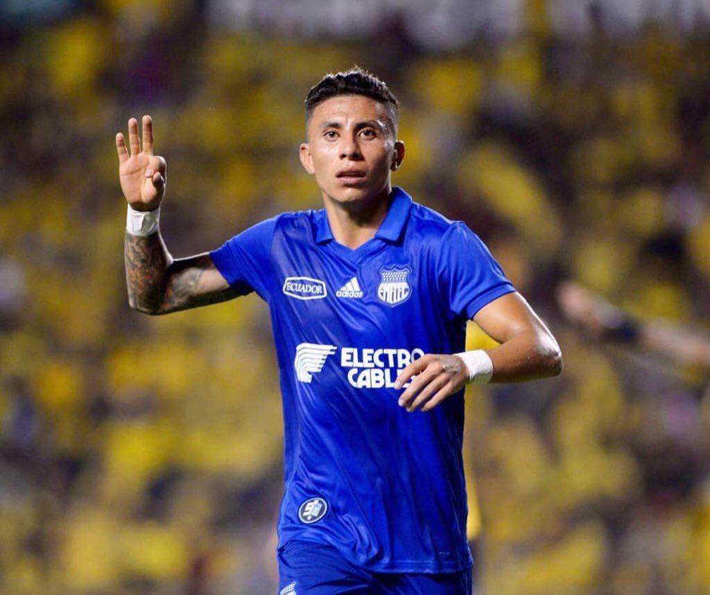 Club de la MLS muestra interés en Joao Rojas