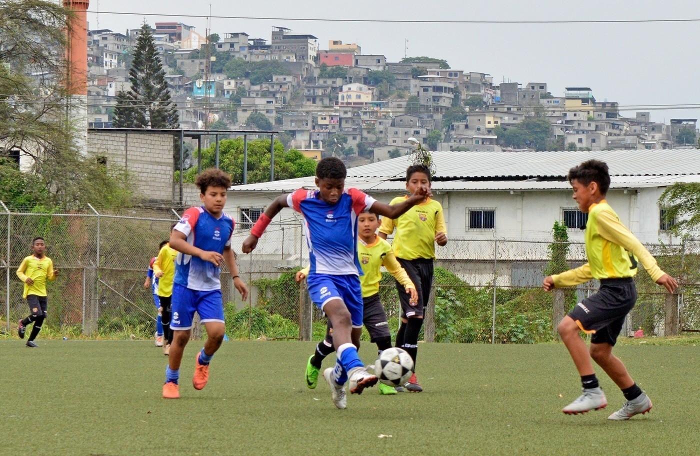 Escuela de Fútbol Richard Borja alzó el campeonato en Copa Guayas Futbolístico