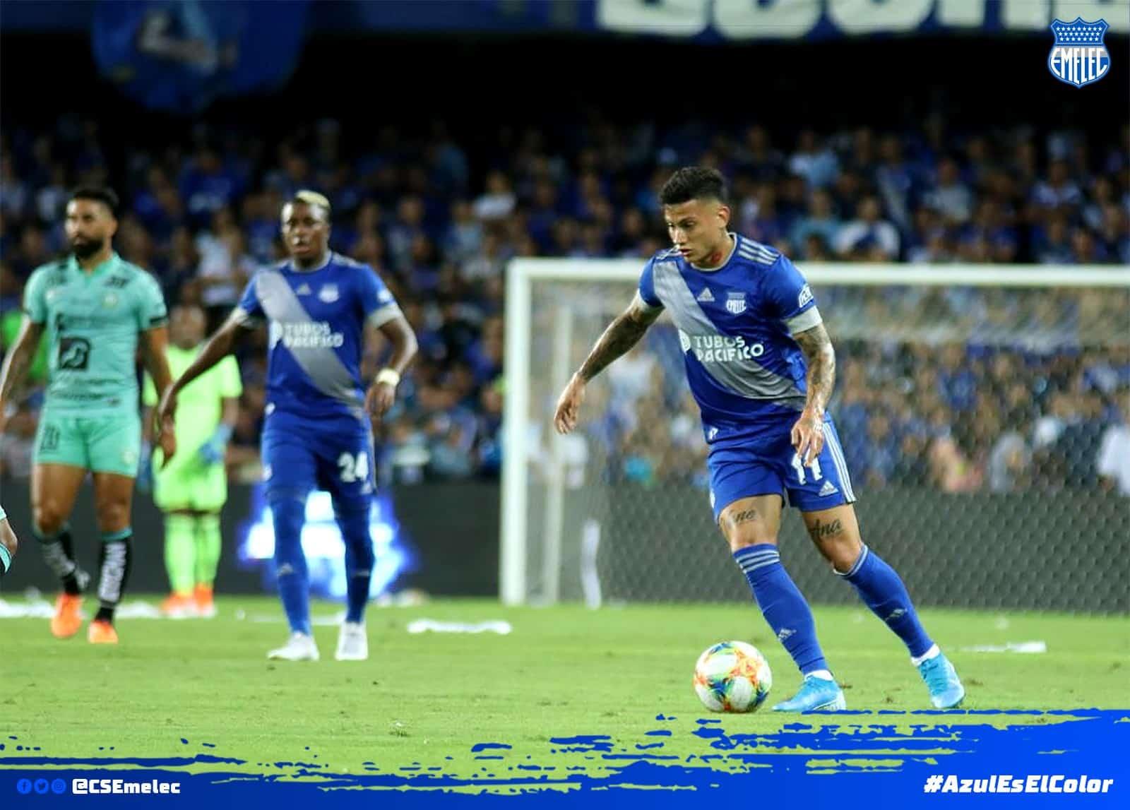 explosion azul 13