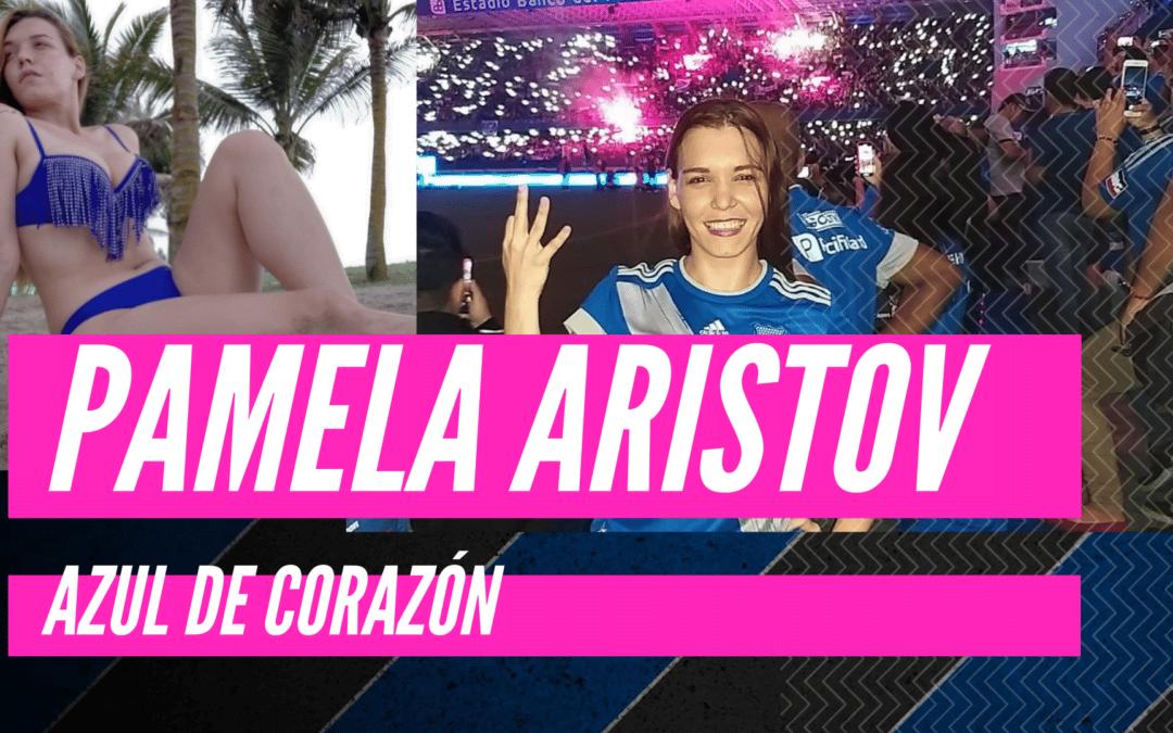 Pamela Aristov – azul de corazón